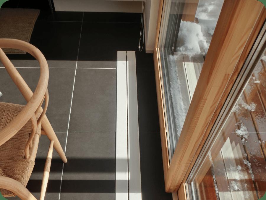 北欧型健康住宅 コーラリー 秋田市モデルハウス 木製サッシ