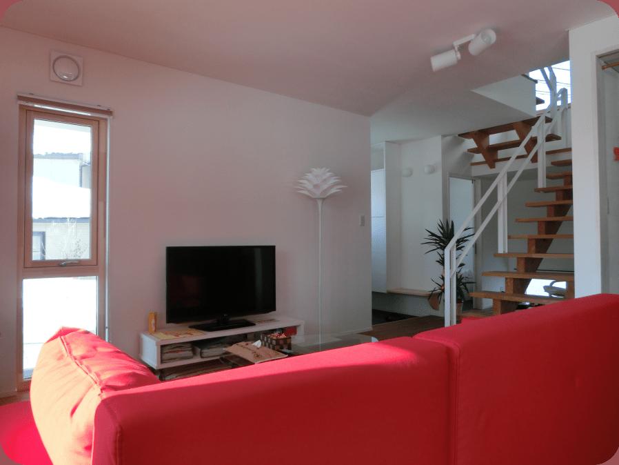 北欧型健康住宅 コーラリー 秋田市モデルハウス 内装壁天井仕上材